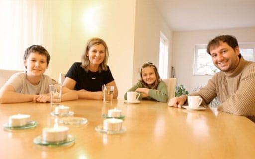 Zufriedene Hausbauer - Familie Dobida